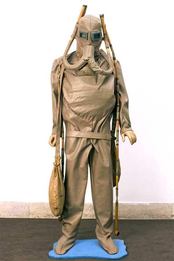 maqueta de traje de buceo basada en diseños de Leonardo de Vinci